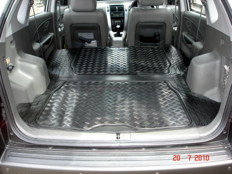 hyundai tucson tapis de caoutchouc auto sur mesure coffre charge voiture. Black Bedroom Furniture Sets. Home Design Ideas